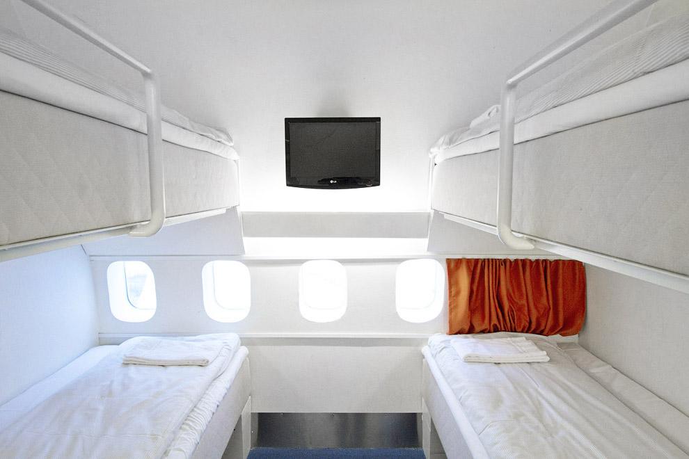 Отель в самолете